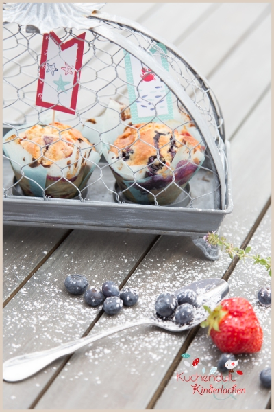 blaubeer erdbeer muffins weiße schokolade 1